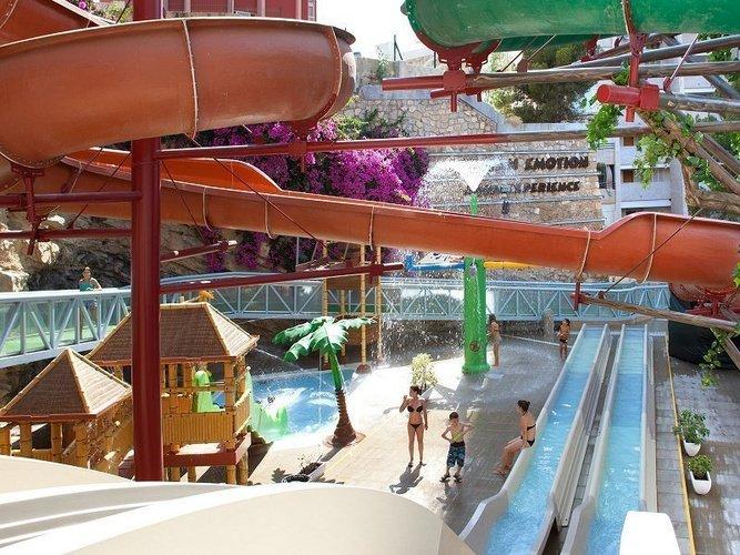Magic Aqua Experience™ Отель Magic Rock Gardens Бенидорме