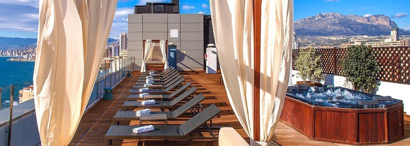 Chillout en la terraza Отель Magic Aqua™ Rock Gardens